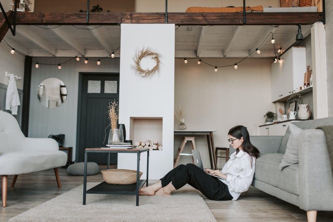 Un appartement avec mezzanine est plus difficile à mesurer, seules les pièces dont la hauteur est supérieure à 1,80m sont comptées