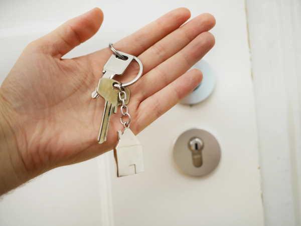 Remise des clés chez le notaire - Homki