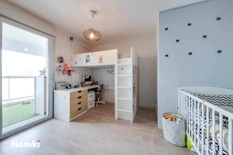 Homki - Vente Appartement  de 80.0 m² à Marseille 13002