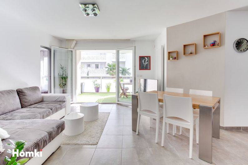 Homki - Vente appartement  de 76.0 m² à Marseille 13009