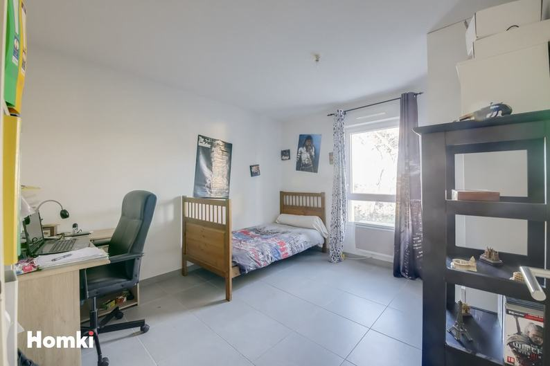 Homki - Vente appartement  de 65.0 m² à Marseille 13009