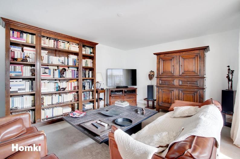 Homki - Vente Appartement  de 114.0 m² à Marseille 13008