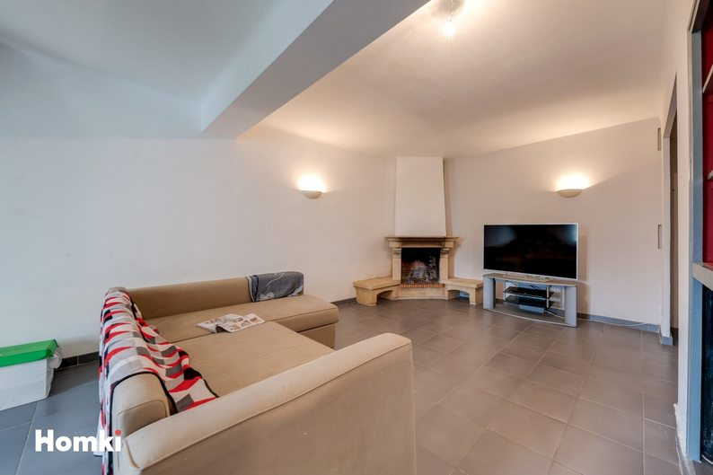 Homki - Vente maison/villa  de 185.0 m² à Marseille 13014