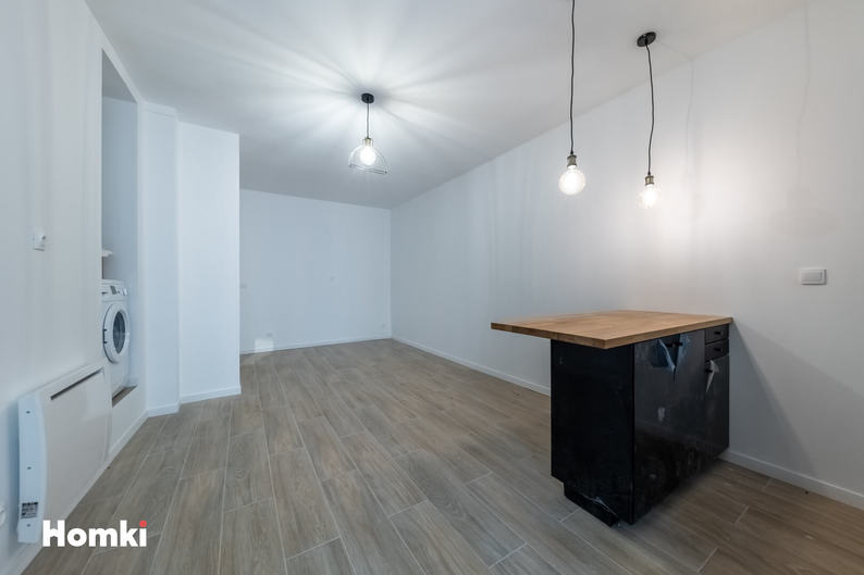 Homki - Vente Local Commercial  de 26.0 m² à Marseille 13002