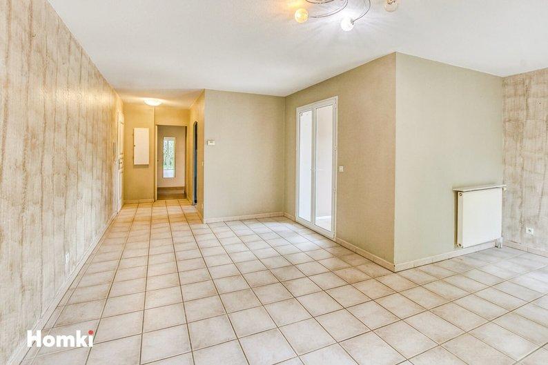Homki - Vente appartement  de 76.0 m² à Le Beausset 83330
