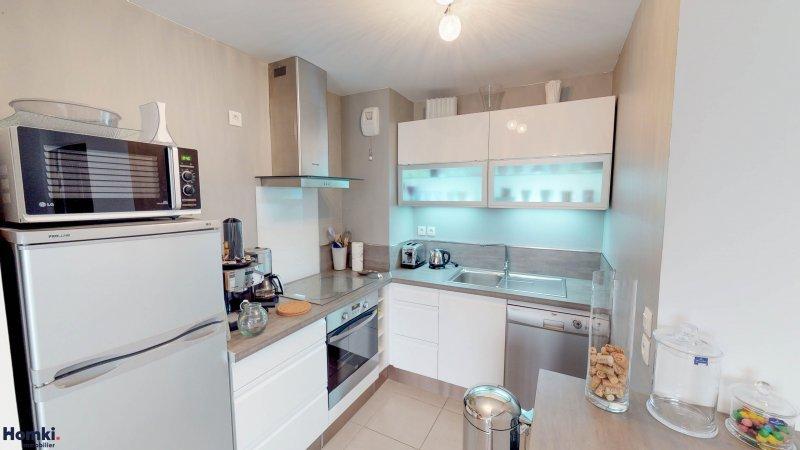 Homki - Vente appartement  de 61.94 m² à marseille 13006