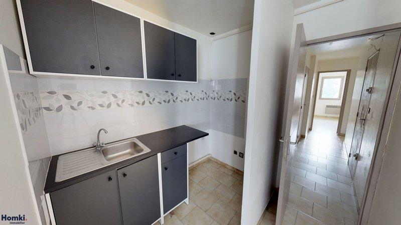 Homki - Vente immeuble  de 197.0 m² à marseille 13001