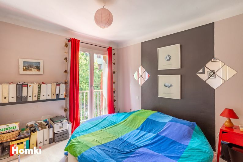 Homki - Vente Appartement  de 71.0 m² à Marseille 13008