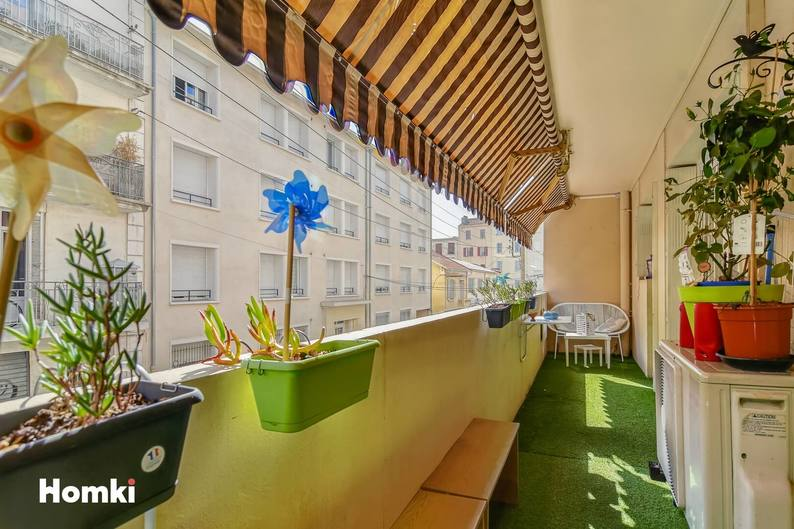 Homki - Vente Appartement  de 77.0 m² à Toulon 83000
