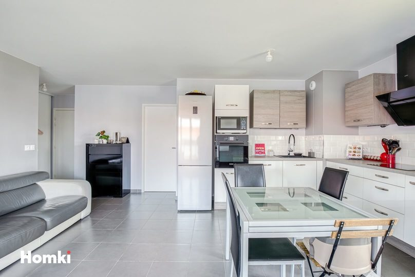 Homki - Vente appartement  de 76.0 m² à Marseille 13013