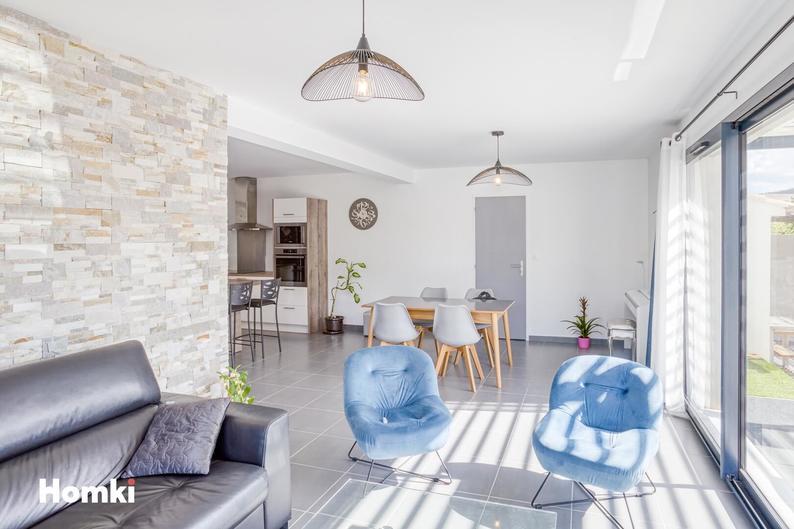 Homki - Vente Maison/villa  de 100.0 m² à Saint-Cyr-sur-Mer 83270