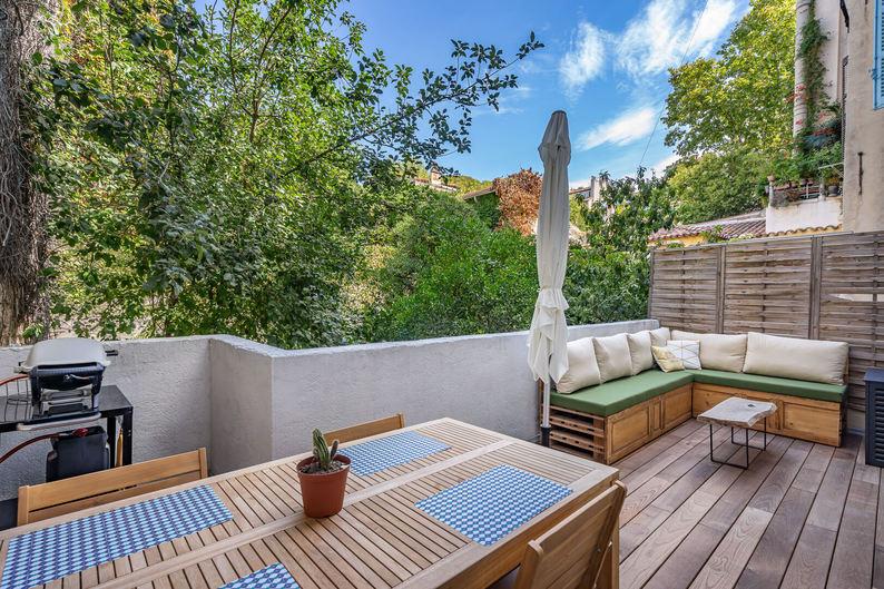 Homki - Vente Appartement  de 62.0 m² à Marseille 13006