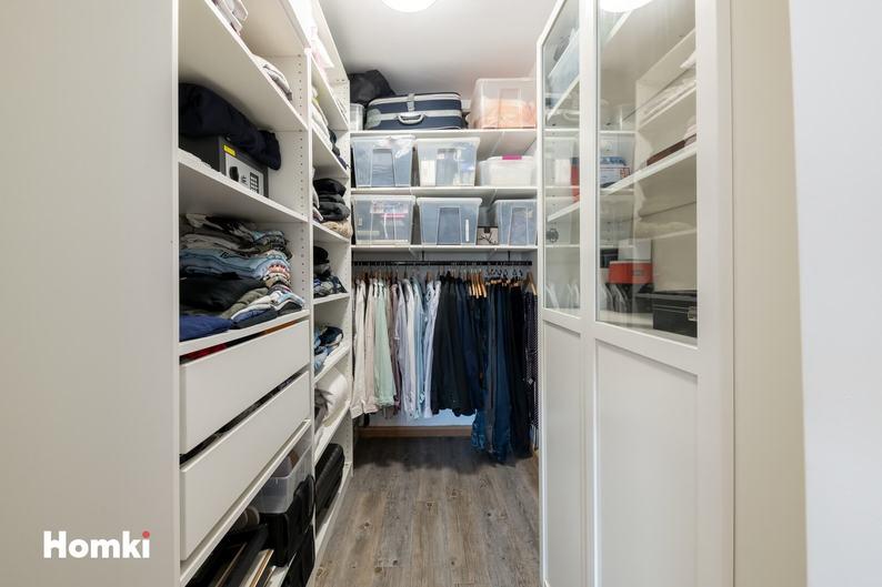 Homki - Vente Appartement  de 98.0 m² à Marseille 13004