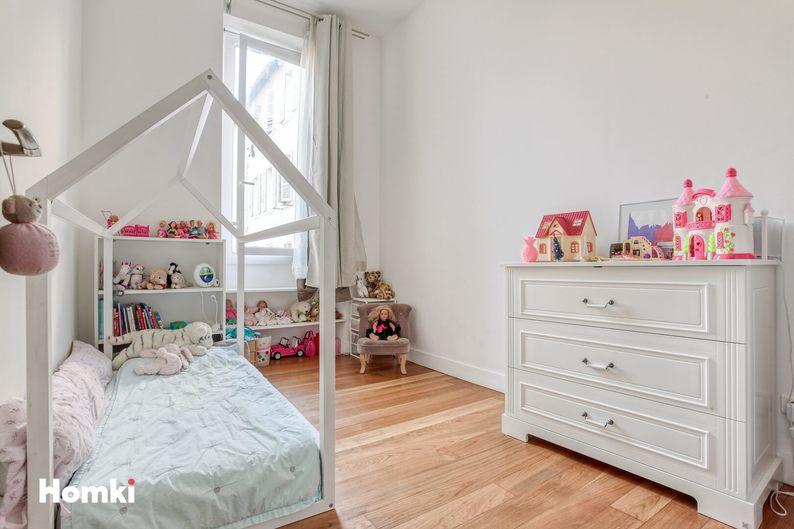 Homki - Vente Appartement  de 75.0 m² à Marseille 13006