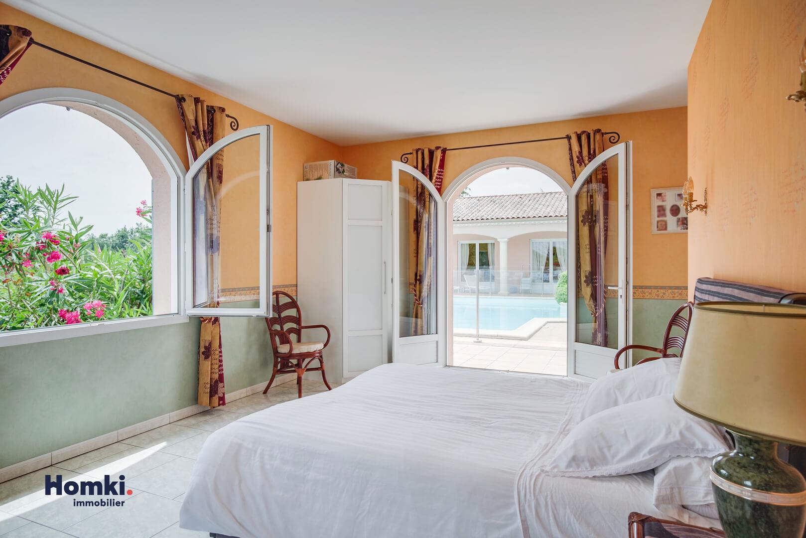 Homki - Vente maison/villa  de 340.0 m² à ste colombe 33350