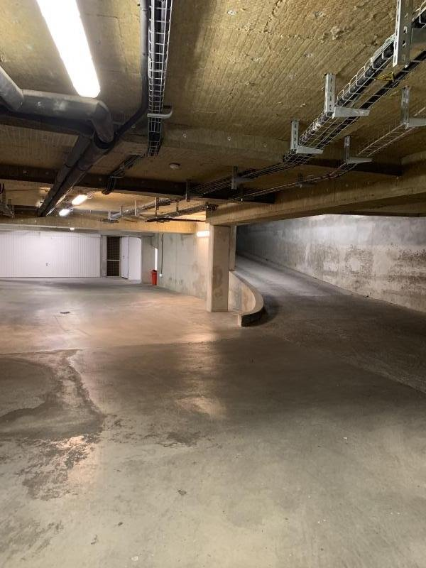 Homki - Vente parking/box  de 14.0 m² à Marseille 13008