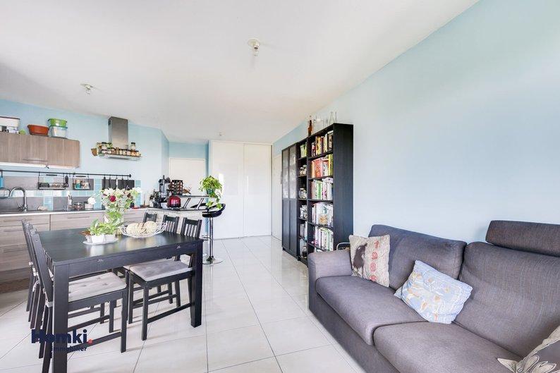 Homki - Vente appartement  de 60.0 m² à vaulx en velin 69120